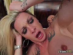 Bigg prsia XXX videá